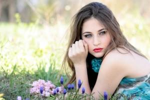 girl-1532733_1920